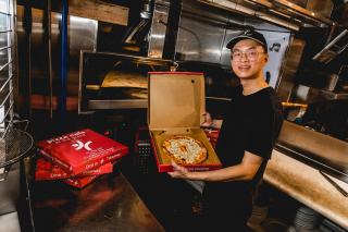 Friday night ritual, hanging out with friends or family sharing a tasty, delicious smelling pizza from @pizzacafeatthegrand! Sounds about right? What will be your pick? Pepperoni? Meat Lovers? Vegetarian? All three?!!! 🍕 ... #MilduraCityHeart #EatLocal #SupportLocal #LoveThisPlace