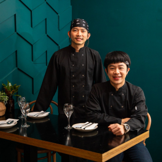 If you haven't visit @tiktekrestaurant yet, don't wait another second! - Tik Tek is new to the City Heart but Nick and Tek are long time chefs in the precinct, bringing us delicious asian dishes for nearly 20 years.  - Great idea for dinner tonight! 😉 - #TikTek #EatLocal #AsianFood #MilduraCityHeart #LoveThisPlace