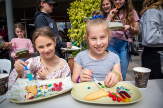 School holidays are coming to a close. We've loved seeing so many faces across so many activities, and there's still a couple more to go!  - Last chance to join in on the holiday activities with biscuit decorating at Banjo's.  - Book a spot at 2pm this Saturday or Sunday by calling Mildura City Heart (03) 50238010