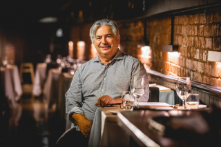 Stefano is back! 🎬 - 'Australia's Food Bowl with Stefano de Pieri' is premiering on SBS Food this Thursday 27 May at 7:30pm. - Mildura's very own celebrity cook is excited to be back on our TV screens two decades after Stefano became a household name with his show 'A Gondola on the Murray' - @stefanodepieri_official's new show will focus on the Murray-Darling River Basin area, exploring the connection between food producers and consumers, as well as the important relationship between food and the environment it comes from. - #Stefano #MilduraCityHeart #Cooking #Visit Mildura #Mildura #LoveThisPlace